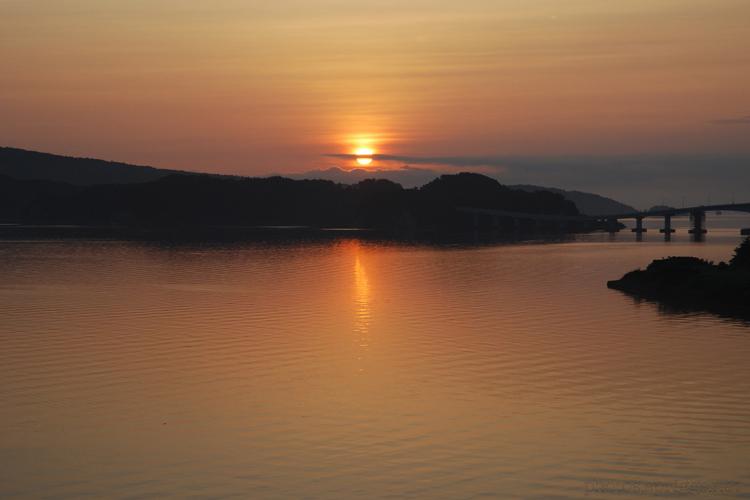 夜明け (dawn)