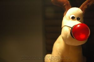 gromit and the blinking reindeer conk