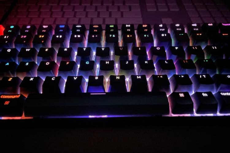 clacking keyboard